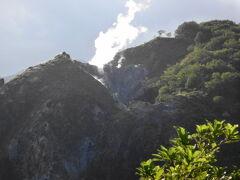 日和山からはものすごい白煙が立ち上っていました。とにかく天気のいい一日で、どこに行っても絶景です。