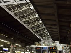 桜のお花見シーズン真っ只中でもある中、18きっぷを利用して関東から電車を乗り継ぎ乗り継ぎ・・・遠路遥々やって来ましたのは大阪駅