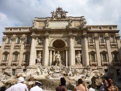 ローマに来たからにはここに来なければ、、「トレヴィの泉」