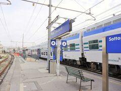 Pisa S Rossore駅に到着しました。 ピサの斜塔に行くにはこの駅が近いです。(徒歩10分弱)