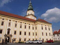 クロムニェジーシュ 大司教の城 クロムニェジーシュ見どころはこのバロック様式のお城ですか。