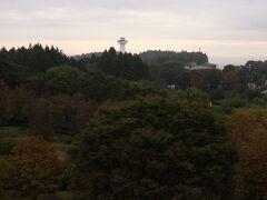 AM5:15起床。 喜連川スカイタワー(休館中)とホテルニューさくら(元さくら館)が見える。