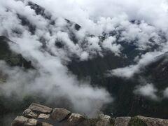 山頂に到着しました。ワイナピチュの北側。