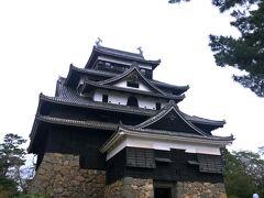あら、こちらが・・・  堀尾さんの豪邸。