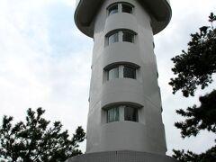 「門脇埼灯台」 一応登って見ます。