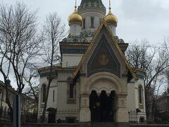 玉ねぎの形をした塔が特徴的な聖ニコライ聖堂。