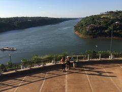 アルゼンチン、ブラジル、パラグアイの国境です。