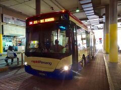 09:25 コムタ・バスターミナル到着  09:30 204番バスに乗って出発(RM2.0)