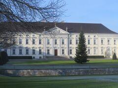 Schloss Bellevue(ベルビュー宮殿)  現在はドイツ大統領官邸。
