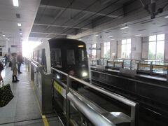 多倫路から東宝興路駅へは10分足らずで到着。