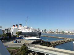 クイーン マリーです。  この船はイギリスから昔にやってきました。