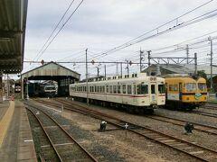 雲州平田駅で下車。 ここもまた、映画RAILWAYSの撮影をされた駅。