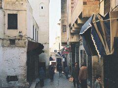 世界で最も複雑な迷路とされる旧市街を歩きます