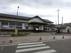 ということで、仙台方面からの路線の現在の終点、小高駅。 3月にはさらに2駅先の浪江駅まで復旧予定。