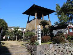 島原といえば島原城と武家屋敷。その一角に時鐘楼がありました。