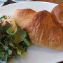 ●朝食@ノクカフェ  ほぼ駅の上と言っても良いと思います。 ちょっといいホテルに入っている前田珈琲。 最近の僕のお気に入りです。 ゆっくり朝食にしました。