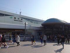 舞浜駅にやってきた。 今の時間帯に駅に向かっている人はほとんどいない…