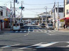 須磨駅、電車の撮影に向かう、海がすぐそばだ。
