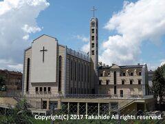 聖ジョセフ大聖堂(Свети Йосиф)  第二次世界大戦で破壊され、2006年に再建されたブルガリアで最大のカトリック教会です。   聖ジョセフ大聖堂:https://en.wikipedia.org/wiki/Cathedral_of_St_Joseph,_Sofia カトリック教会:https://ja.wikipedia.org/wiki/%E3%82%AB%E3%83%88%E3%83%AA%E3%83%83%E3%82%AF%E6%95%99%E4%BC%9A
