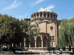 """聖ネデリャ教会(Катедрален храм """"Света Неделя"""")  1925年4月16日の襲撃事件で破壊された後に修復されたブルガリア正教会ソフィア主教職の教会です。   聖ネデリャ教会:https://ja.wikipedia.org/wiki/%E8%81%96%E3%83%8D%E3%83%87%E3%83%AA%E3%83%A3%E6%95%99%E4%BC%9A 聖ネデリャ教会:https://translate.googleusercontent.com/translate_c?depth=1&hl=ja&rurl=translate.google.co.jp&sl=bg&sp=nmt4&tl=en&u=http://www.sveta-nedelia.org/index.php&usg=ALkJrhgB2XMLf6cCii6Hpe5wSdq55AP2RQ 襲撃事件:https://ja.wikipedia.org/wiki/%E8%81%96%E3%83%8D%E3%83%87%E3%83%AA%E3%83%A3%E6%95%99%E4%BC%9A%E8%A5%B2%E6%92%83%E4%BA%8B%E4%BB%B6 主教:https://ja.wikipedia.org/wiki/%E4%B8%BB%E6%95%99"""
