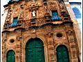 【サルバドールの聖サンフランシスコ教会/ブラジル】  この街の旧市街地はユネスコの「世界遺産」にも指定されているんです。