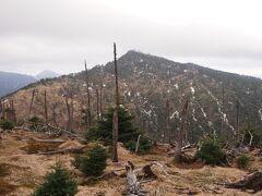神社前から八経ヶ岳が綺麗に見えました。