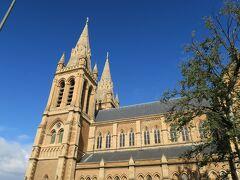 聖ピーターズ大聖堂です。