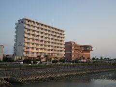 こちらのホテルグランビューガーデン沖縄に3泊しました。