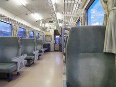 黒松内駅で多くの人が下車。気づいたら私と1人(それも旅行者)の2人になってしまいました。