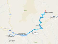 2017年GWの九州旅を締めくくるのは 宮崎県にある、日本三大秘境の里「椎葉村(しいばそん)」  熊本県との県境に位置し、 かなり山深い奥地にある隠れ里です。  というのも、平家落人伝説もあるこの地ならでは。  要するに、800年前の源平合戦で破れた平家一門が、 落ちのびてきた里なんですね。  そんなところに、 昨今話題の、日本版マチュピチュがあるということで 訪れてみることにしました。  地図は、その展望台までのルートです。 起点は、椎葉村物産センターの「平家本陣」になります。