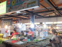 【武廟市場へ買い物 高雄 2017/05/17】  妻と武廟市場へ買い物へ行きました。