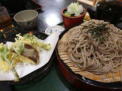 10:00 道の駅/日義木曽駒高原 お食事処「巴」  途中、早いけど道の駅の食堂が開いていたのでお昼に。   天ざる蕎麦 1200円