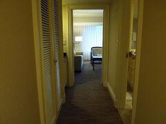 今回、台北で泊まったホテルは The Sherwood Taipei(西華飯店) たまたま某ホテル予約サイトで、 このホテルのJunior Suiteが半額くらいでありまして!  こんなチャンスは逃すまい!と、すかさず予約。