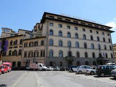 ローマでは、ビジネスホテル?な感じのホテルにしちゃったので、フィレンツェでは思い切りヨーロッパなホテルをセレクト「Grand Hotel Baglioni 」