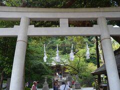 御霊神社(ごりょうじんじゃ)  長谷寺のアジサイにはまだ時間が有るので、御霊神社にやってきた。