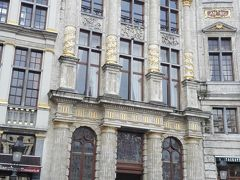 戻ってきて朝はやってなかったグランプラスにあるビール博物館へ。 5ユーロ。