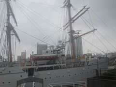 横浜と言えば港で、そこには船がある。
