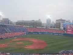 久しぶりの横浜スタジアム。 やっぱりナイターは屋外だね