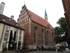 早速、街歩きへ。 聖ヨハネ(ヤーニャ)教会。