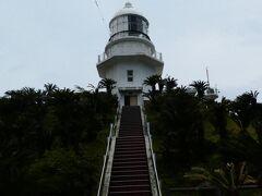 都井岬灯台  のぼれる灯台としては九州で唯一だそうです。