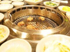【牛里ガーデン】 夕飯はエリーの希望で焼肉へ