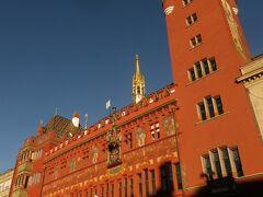 マルクトプラッツに来たらこの市庁舎を見ないとね
