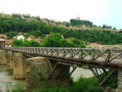 ウラディシュキ橋を渡って戻る。