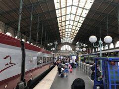 ブリュッセル南駅からタリスで 1時間少々、パリ北駅に到着。少しずつ 3年前の記憶が蘇ってきます。