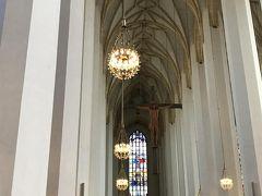 フラウエン教会。個人的にはアザム教会よりこちらの方がすっきりしていて落ち着きました。