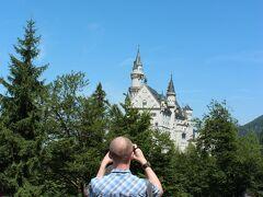 坂道を登りながら、途中で見える山からの景色や見えてくるお城を撮影するなど、気を紛らわせることができたから、ということもあります。