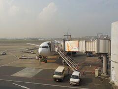 A滑走路の34Lから着陸。第1ターミナルへ。