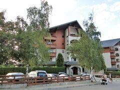 ここはケピンスキーホテル 何処も山小屋風の造りです。