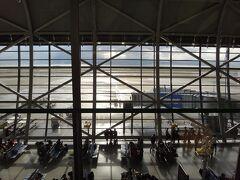 関空に到着です。関空は好きな空港の中のひとつです。