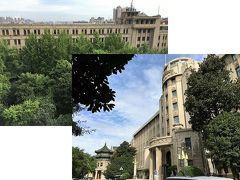 (左上写真) ②Grand Mercure Xian Renmin Square ソフィテル レジェンド西安との間に木々の生い茂る庭があります。 ここで、太極拳のレッスンも行われています。  (右下写真) ⑥The Grand Theatre と ①Sofitel Legend Peoples Grand Hotel Xian